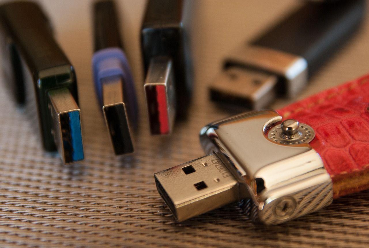 USB-Sticks mit einer Kapazität von 128 GB im Preisvergleich kaufen
